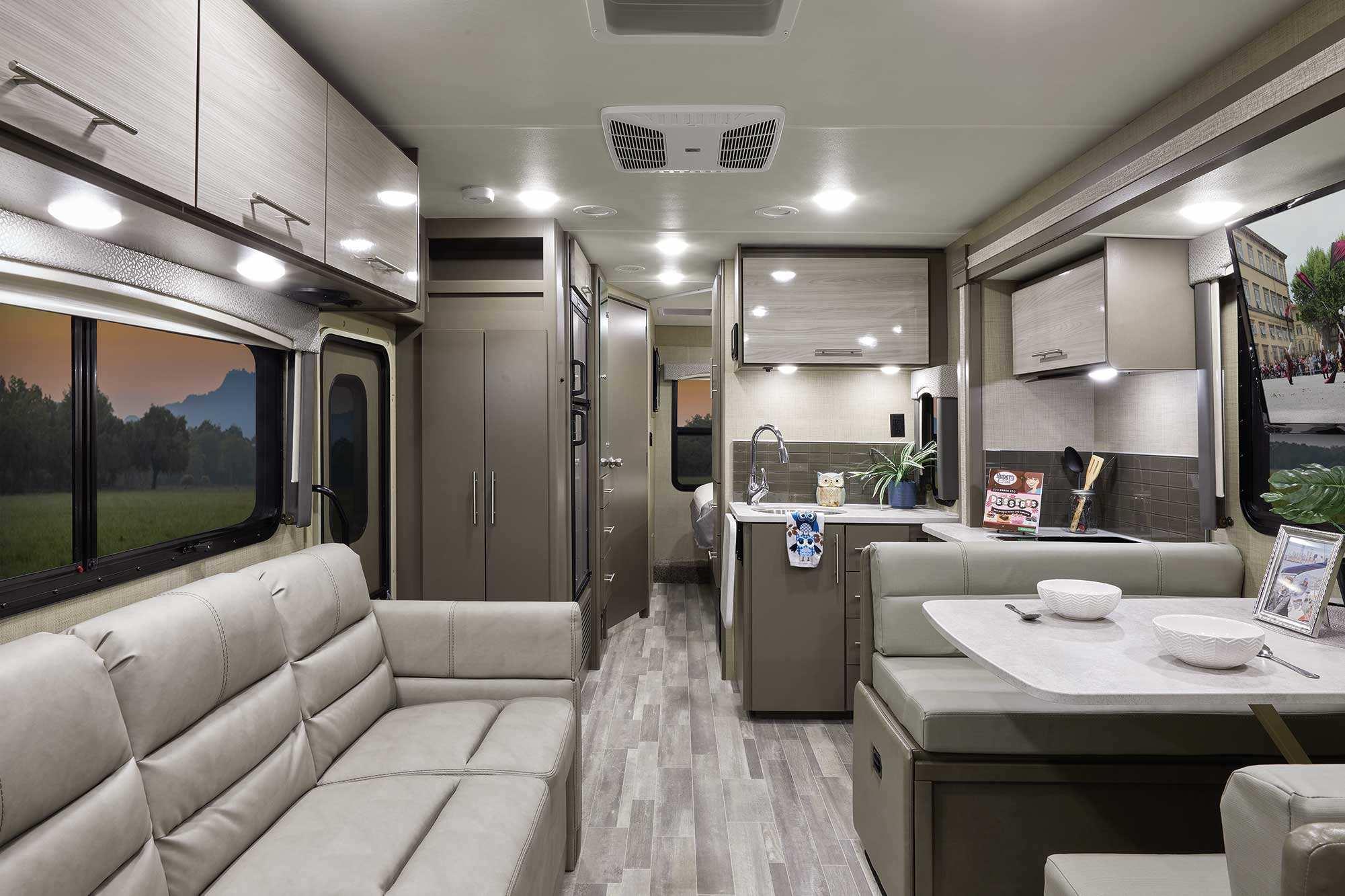 Thor Motor Coach Vegas Intérieur